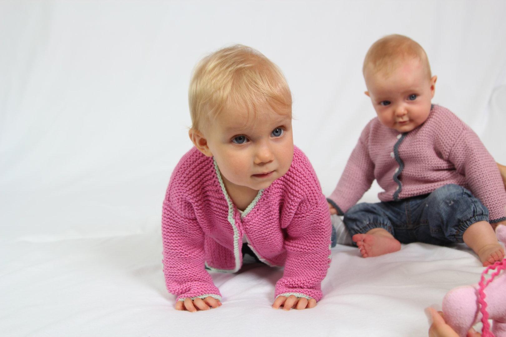 Strickanleitung Babyjacke Frederick & Elena, Gr.62-92, für Anfänger